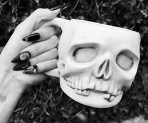 aesthetic, blood, and gothic image