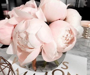 flowers, pink, and bouquet image