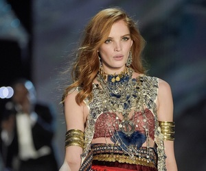 alexina graham and vsfs image