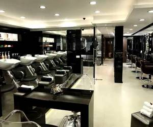 hair salons in hyderabad image