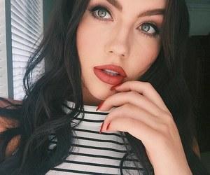 girl and makeup image