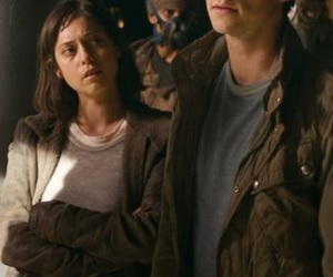 the maze runner, dylan o'brien, and rosa salazar image
