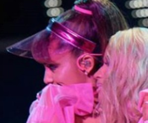 icon, ariana, and side to side image