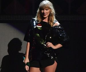 fashion, Taylor Swift, and hq image
