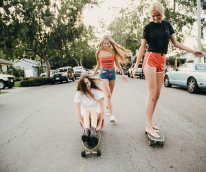 brandy melville and friends image
