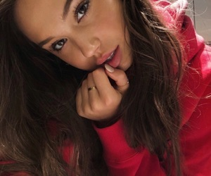 girl and alexis ren image