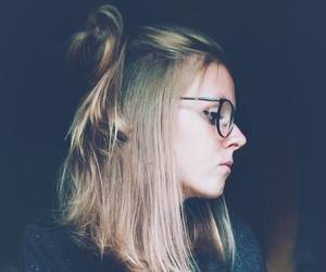maëlle tombal and girl with glasses image