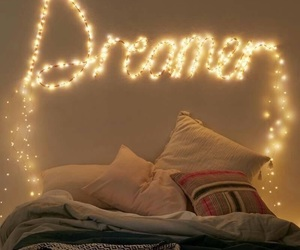 dreamer, light, and bedroom image