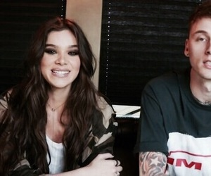 hailee steinfeld and ️mgk image