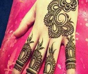 dessin, hands, and henna image
