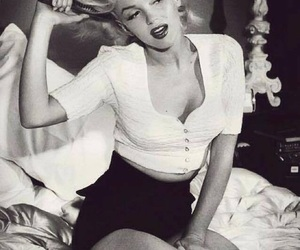 beautiful, black and white, and vintage image