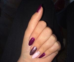 cool, long nails, and pink image