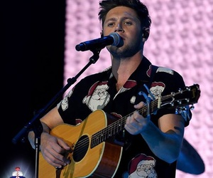 capital fm and niall horan image