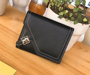 black, fashion, and wallets image