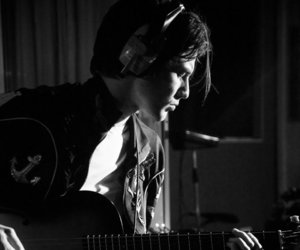 musician, james bay, and new album coming image