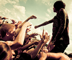 bmth, oliver sykes, and concert image
