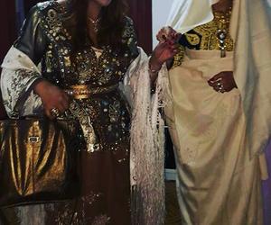 لباس تقليدي جزائري, الحايك, and الكاراكو الجزائري image