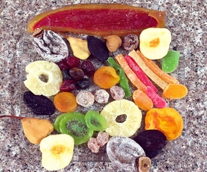 fit, yummy, and dried fruit image