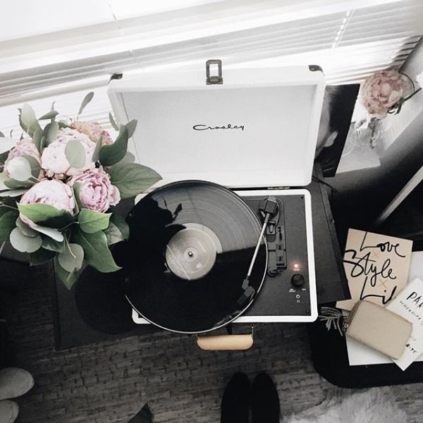 music, article, and flowers image