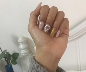 moda, nails, and Nude image