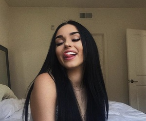 maggie lindemann, hair, and beauty image