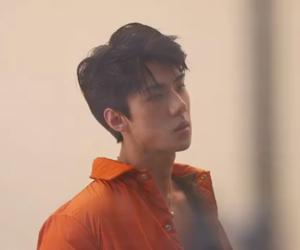 do, k-pop, and baekhyun image