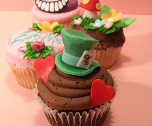 cupcake, alice, and alice in wonderland image