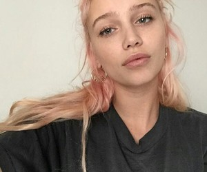 girl, pink, and cailin russo image