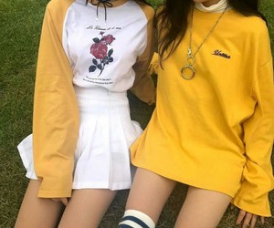 fashion, yellow, and girl image