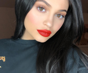 kylie jenner, makeup, and red image