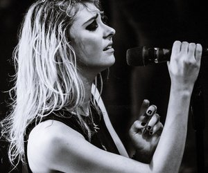 rock, Taylor Momsen, and the pretty reckless image