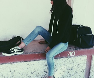 outfit and vans old skool image