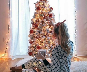holiday, christmas, and christmas tree image
