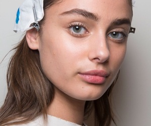 angel, taylor hill, and celebrity image