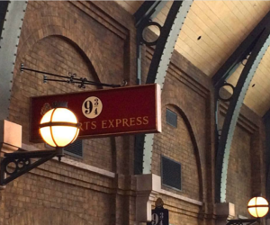 harry potter, hogwarts, and king cross image