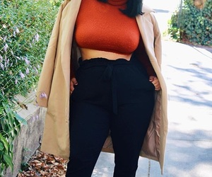 colors, confidence, and curvy image