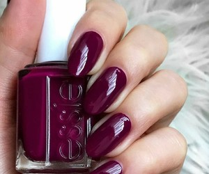 burgundy, winter, and essie image
