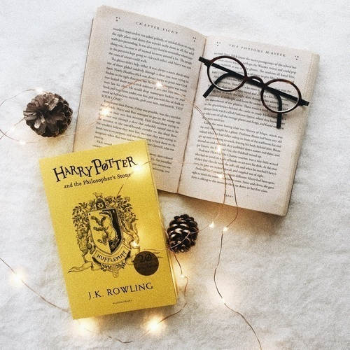 books, hufflepuff, and harry potter image
