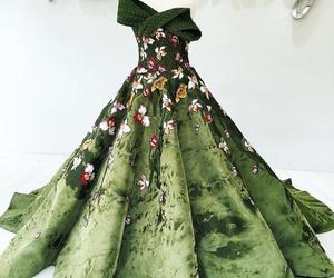 dress and mak tumang image