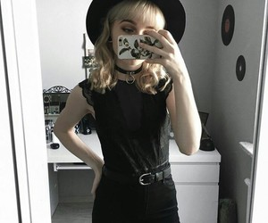 black, girls, and outfits image