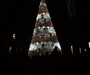 centre, sevilla, and christmas image