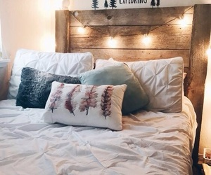 decor and bed image