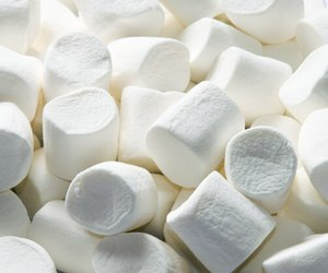 aesthetic, marshmallows, and sexy image