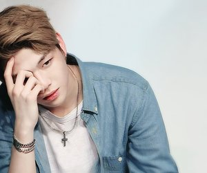 kang daniel, wanna one, and produce 101 image