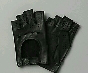 aesthetic, black, and gloves image