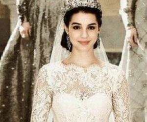 reign, wedding, and wedding dress image