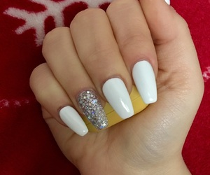 beauty, glitter, and nails image