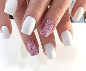 nailart, glitter nail, and white nail image