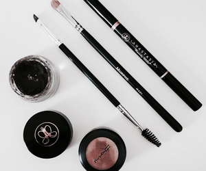 beauty, makeup, and tumblr image