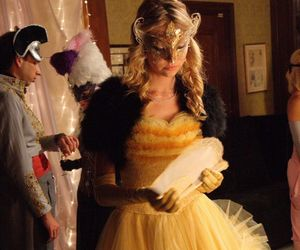 gossip girl, jenny humphrey, and masquerade image